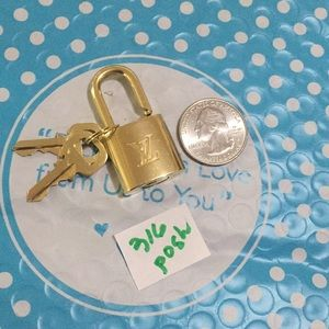 Authentic Louis Vuitton padlock and 2 keys Set#316
